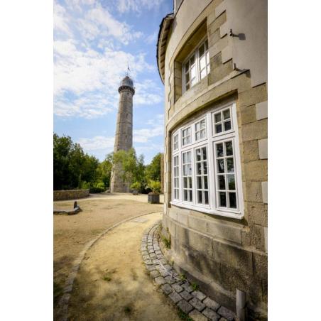©Emmanuel LEMEE-LBST - La Tour de la Découverte et les moulins du Faouëdic dans le quartier du Péristyle à Lorient