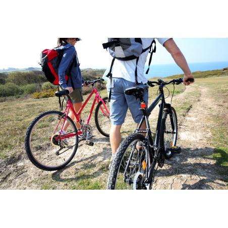 ©shutterstock - Balade à vélo en bord de mer