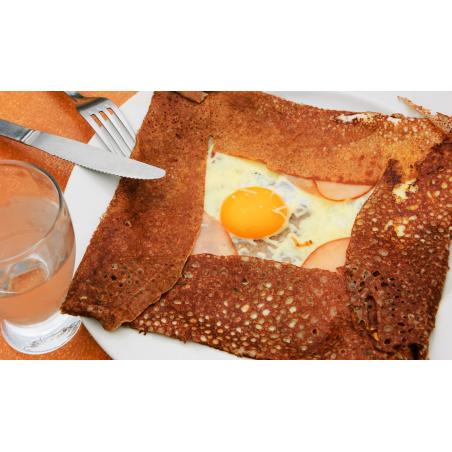 ©shutterstock - Une galette bretonne
