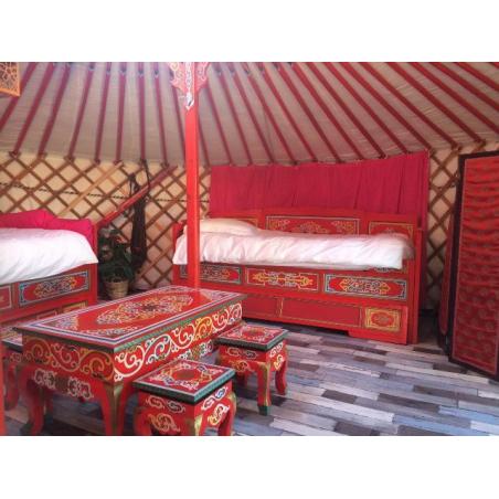 ©Les logis de Kerdrien - Intérieur d'une yourte mongole