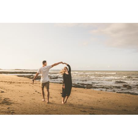 ©Tony Esnault-LBST  - Balade à deux sur le littoral