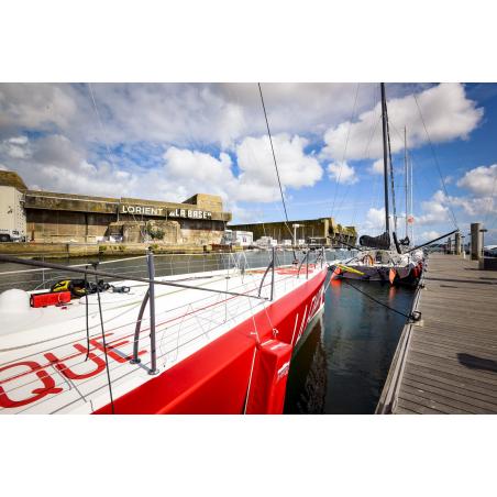 ©Emmanuel LEMEE-LBST - Voilier de course amarré au ponton de Lorient La Base