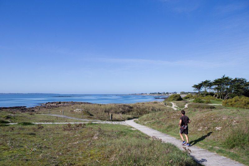 ©Thomas DEREGNIEAUX-LBST - La plage et le Parc Océanique de Kerguelen à Larmor-Plage