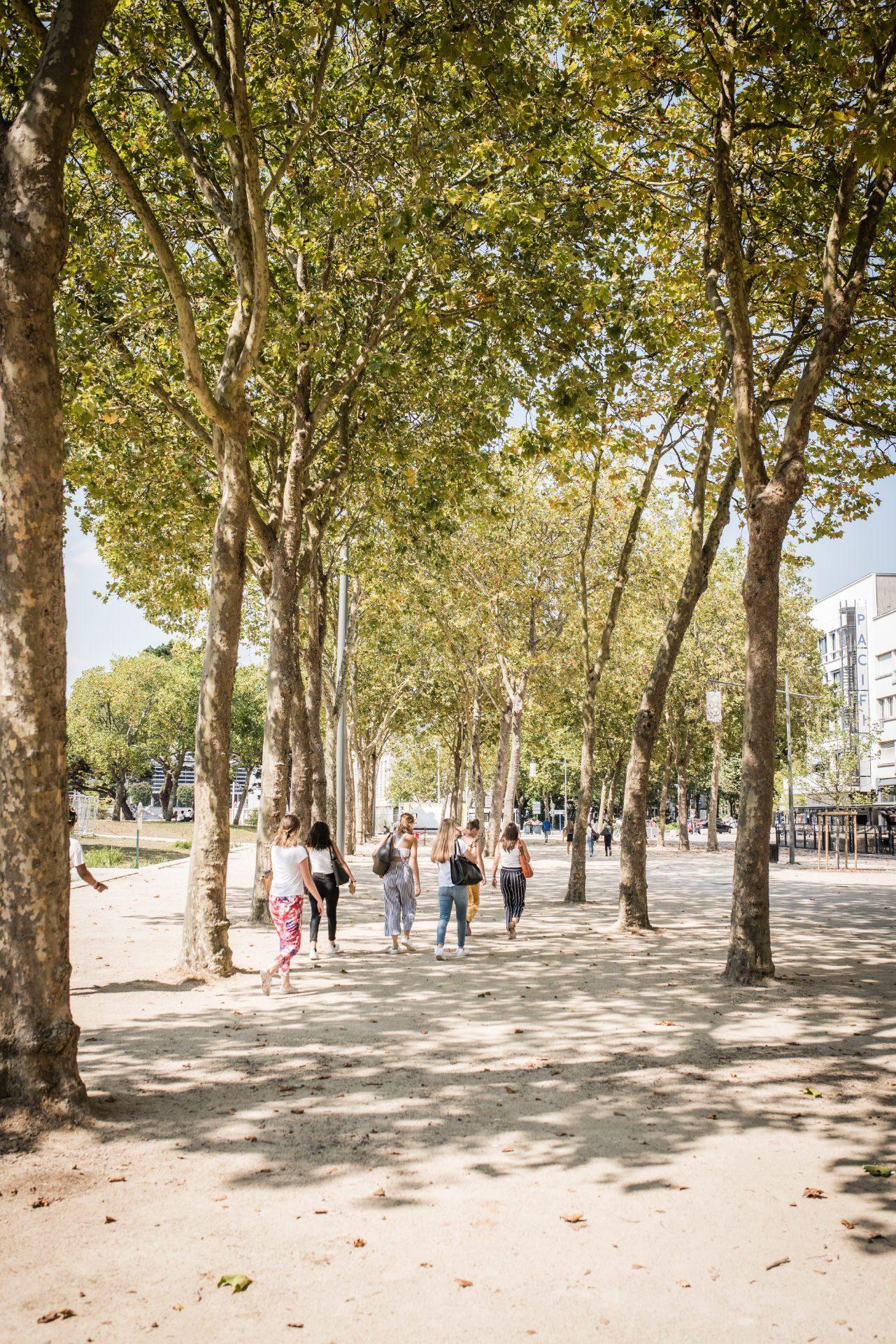 ©Xavier Dubois-LBST - Balade sur la rambla au centre-ville de Lorient